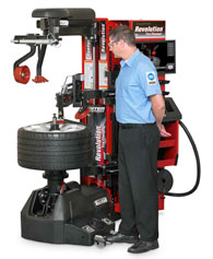 Hunter Auto34 & Revolution™ Tire Changers in Osgoode, ON